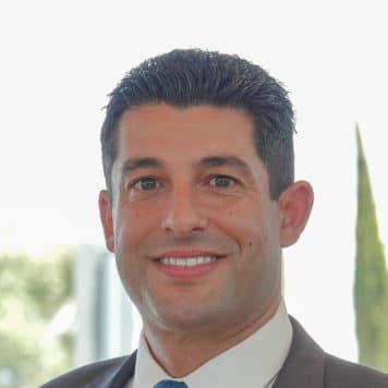 Andre  Serpoosh