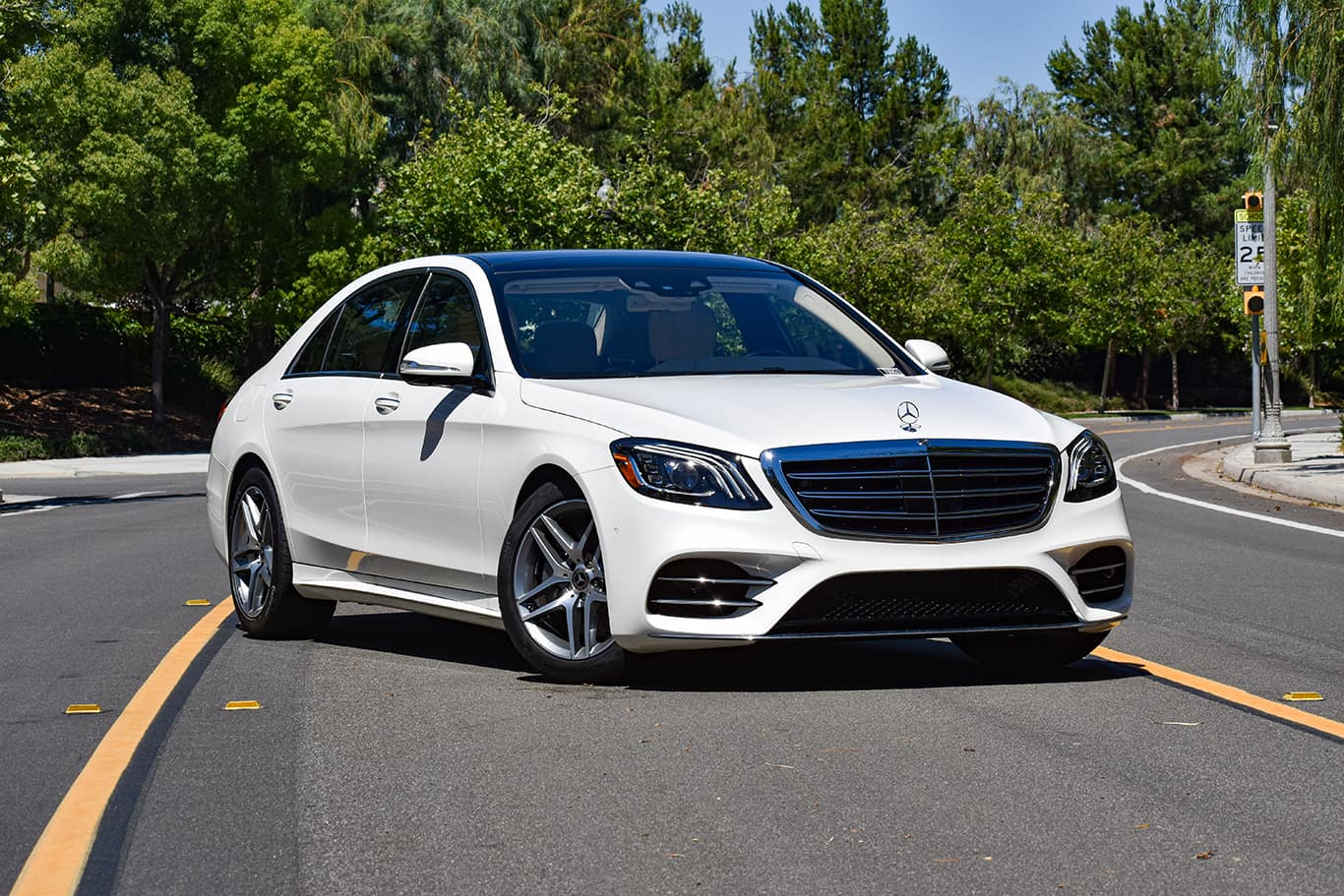 Mercedes Benz Beverly Hills >> Experience Beverly Hills Luxury In A Certified Pre Owned