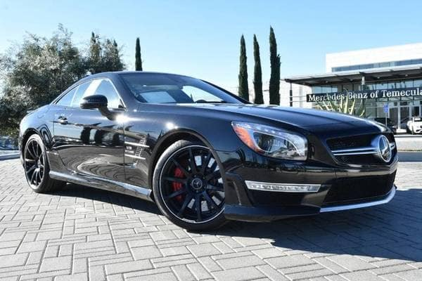 What to Know When Shopping For Your First Luxury Car