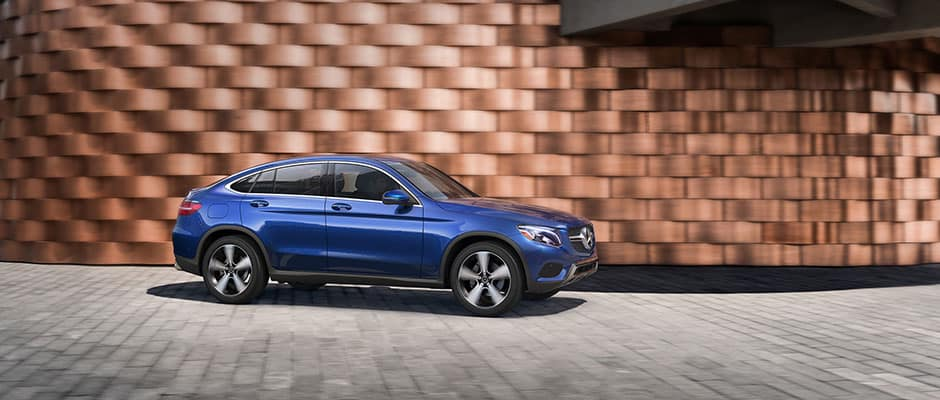 2019 Mercedes-Benz GLC 300 4MATIC® vs  BMW X4 xDrive 30i