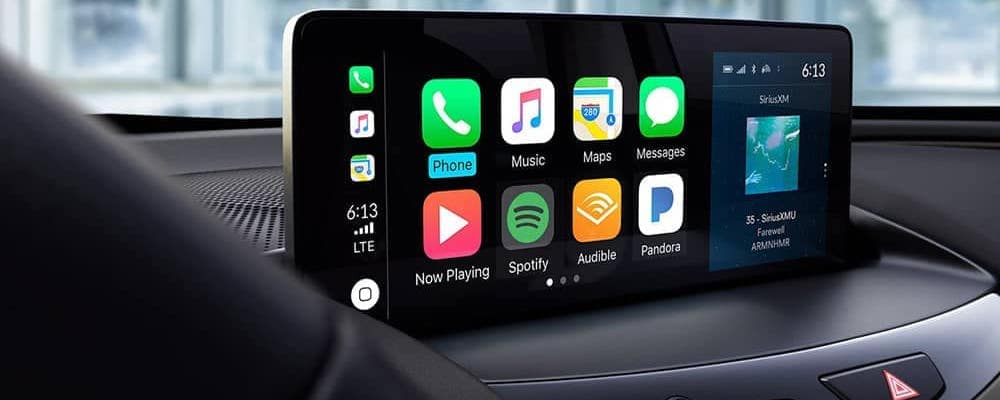 2019 Acura RDX interior touchscreen with connectivity apps