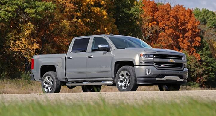 Gmc Vs Chevy >> Let S Compare Chevy Silverado 1500 Vs Gmc Sierra 1500