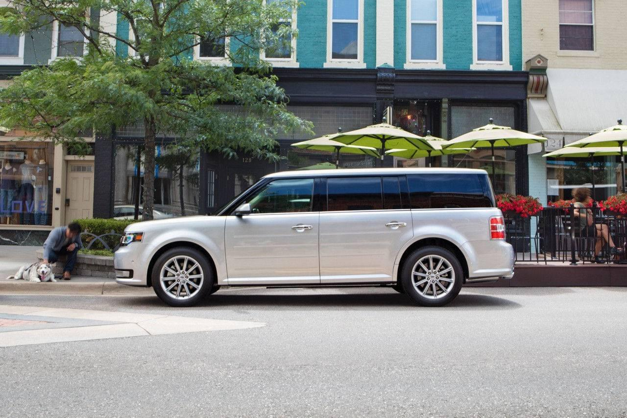 If Youre Looking For A Family Hauler And Prefer A Unique Alternative To The Minivan Look No Further Than The  Ford Flex