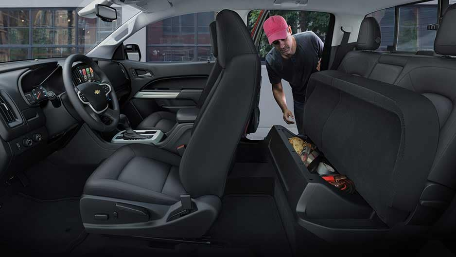Interior Features of the New Chevrolet Colorado at Garber in Orange-Park, FL
