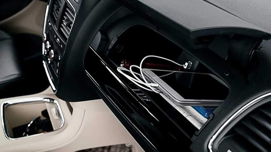 Technology Features of the New Dodge Grand Caravan at Garber in Jacksonville, FL