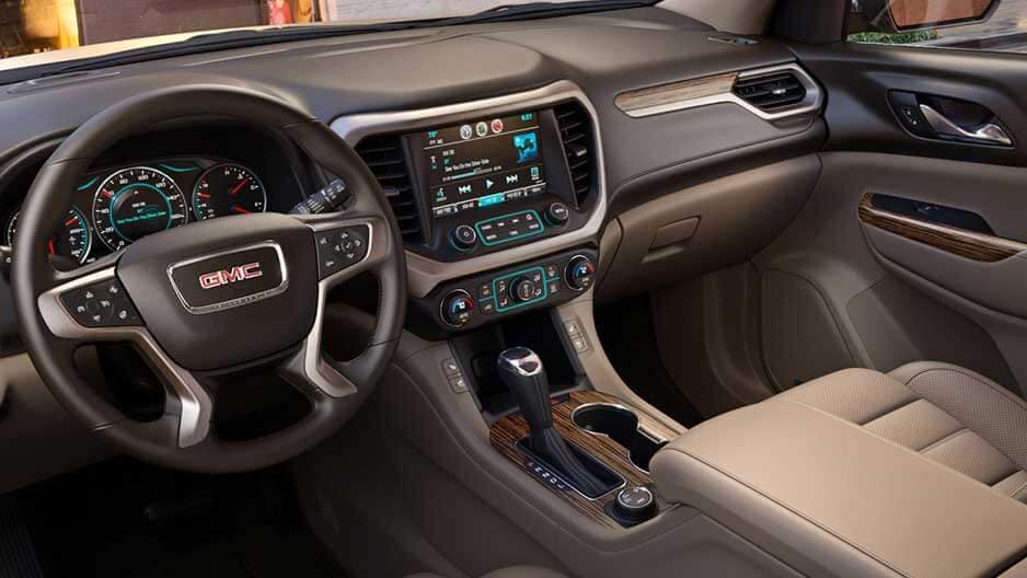 Technology Features of the New GMC Acadia at Garber in Jacksonville, FL