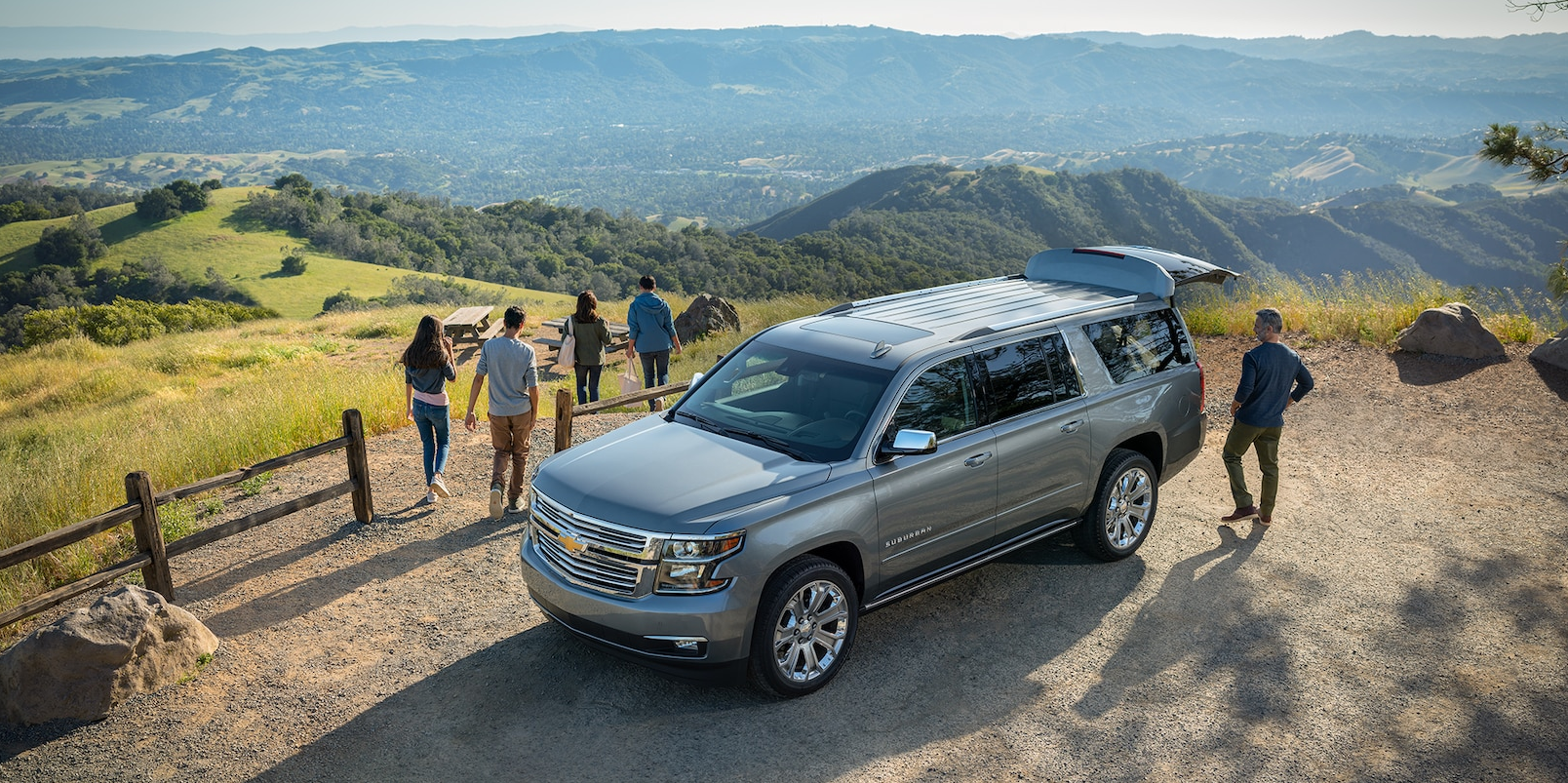 Ford Expedition Vs. Chevy Suburban: Big-SUV Slugfest