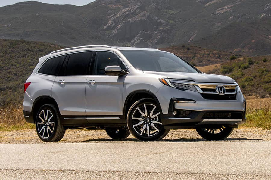 Chevy Traverse Vs Honda Pilot Three Row Crossover Competition