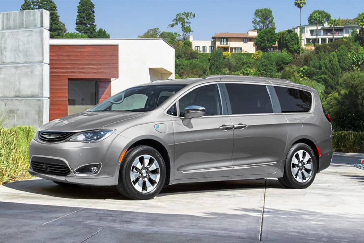 Chrysler Pacifica Hybrid Vs  Honda Odyssey