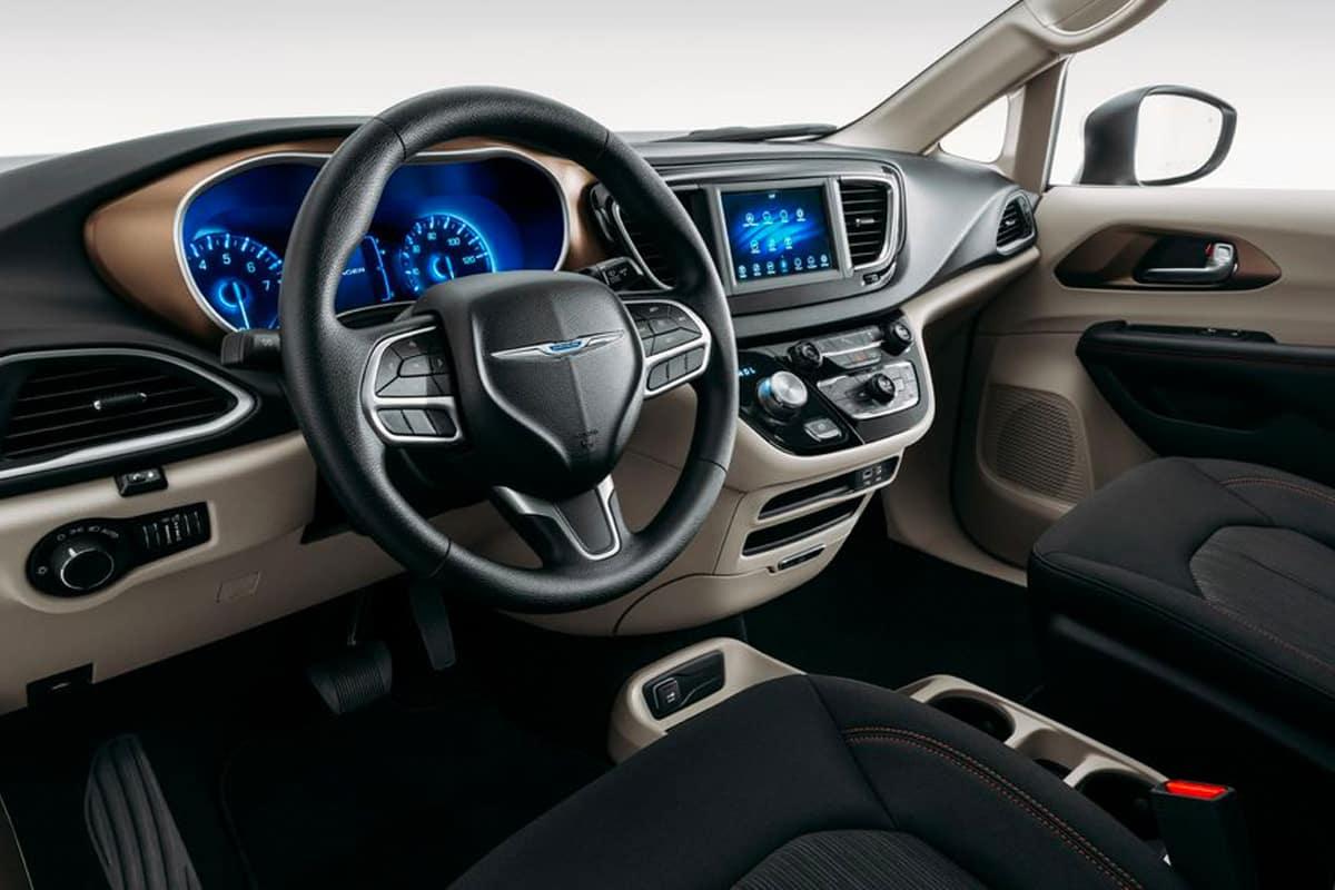 Chrysler Voyager Vs Dodge Grand Caravan