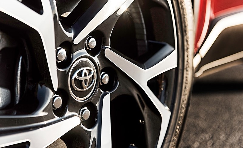 2018 Toyota C-HR wheel