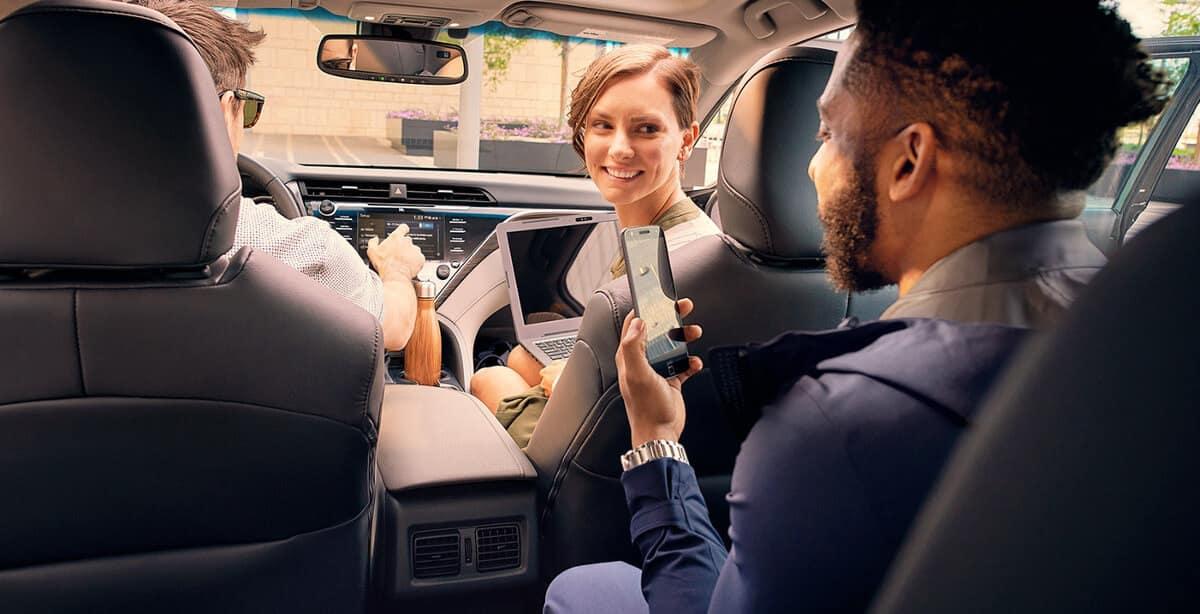 2018 Toyota Camry passengers image