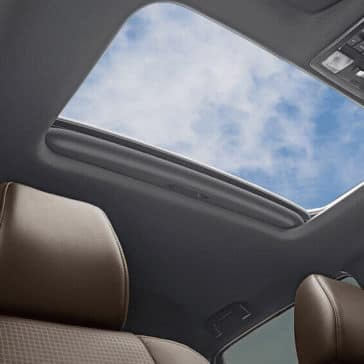2018 Toyota Tacoma Interior Moonroof