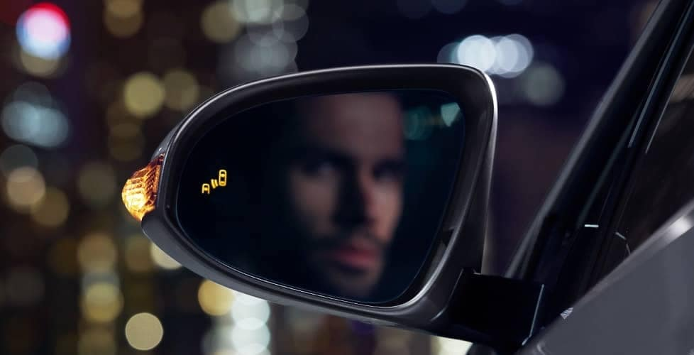 Blind Spot Monitor available for 2018 Toyota C-HR