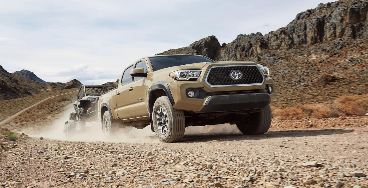 2018 Toyota Tacoma towing dune buggy