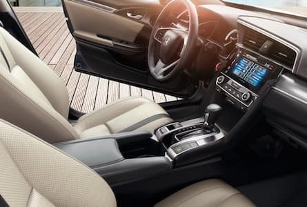 2018 Honda Civic sedan cabin