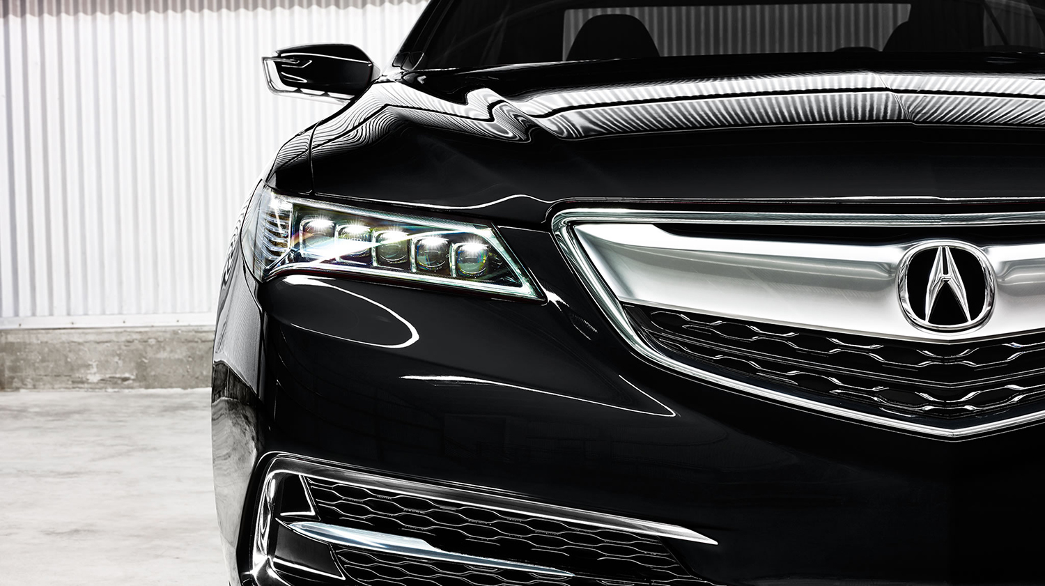 2017 Acura TLX Exterior Front Angle