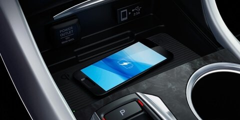 2018 Acura TLX Wireless Smartphone Charger