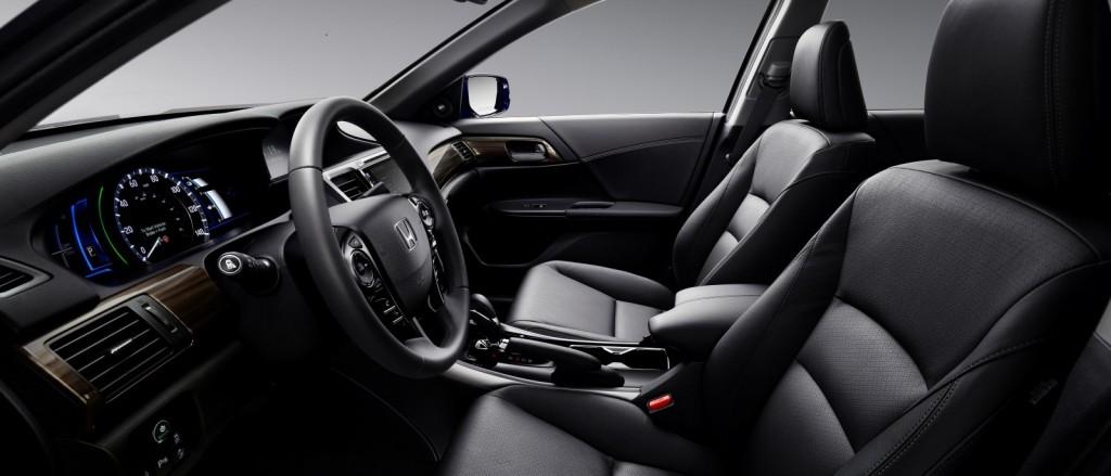 2017 Accord Hybrid interior