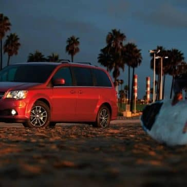 2019-Dodge-Grand-Caravan-Canada-at-beach