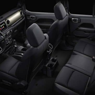 2019-Jeep-Wrangler-seating