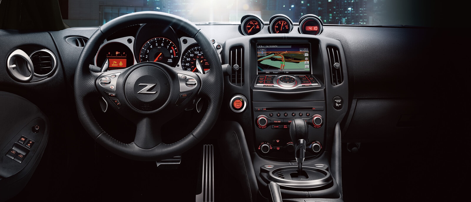 2017 Nissan 370Z Roadster front interior