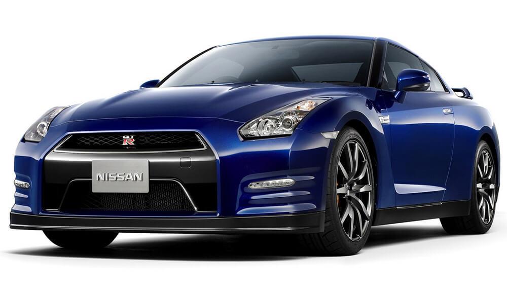 2017 Nissan GT-R blue