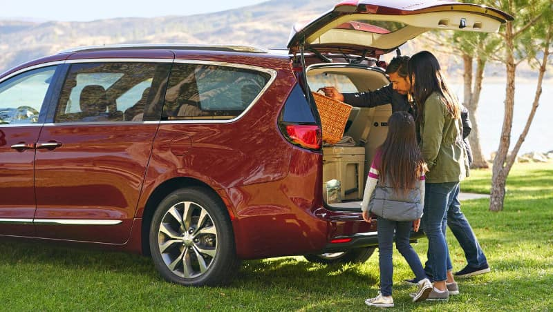 2018 Chrysler Pacifica rear liftgate