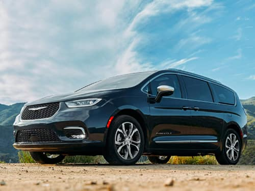 New 2021 Chrysler Pacifica Touring L 4X4