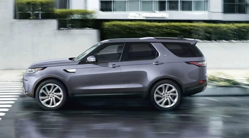 2019 Land Rover Discovery exterior on street