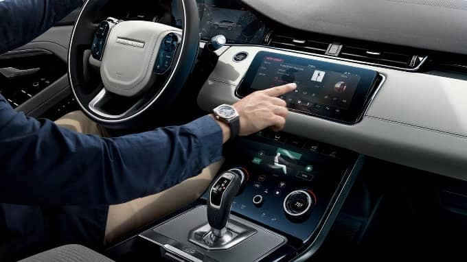 2020 range rover evoque interior cockpit