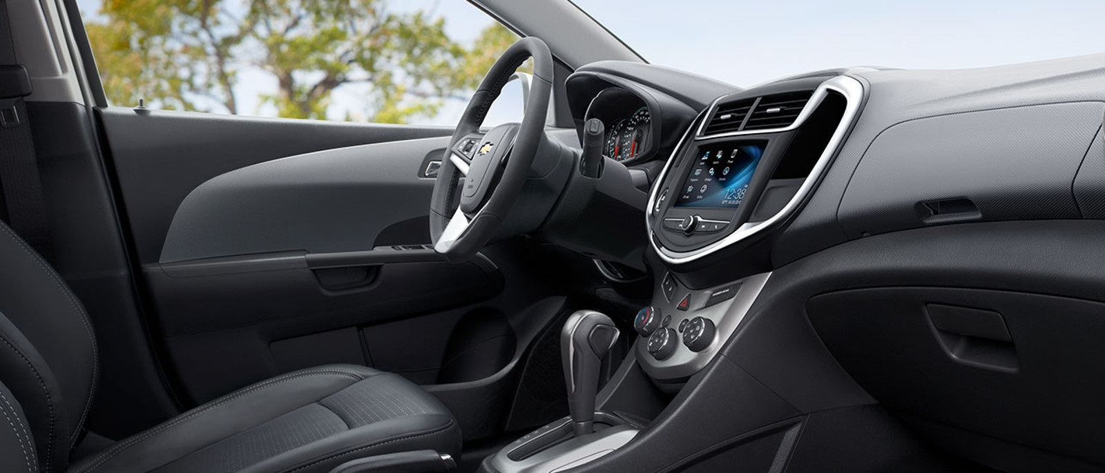 2017-chevrolet-sonic-interior-side