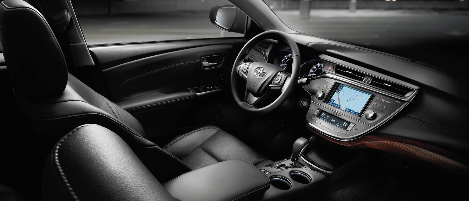 2015 Toyota Avalon Interior Cabin