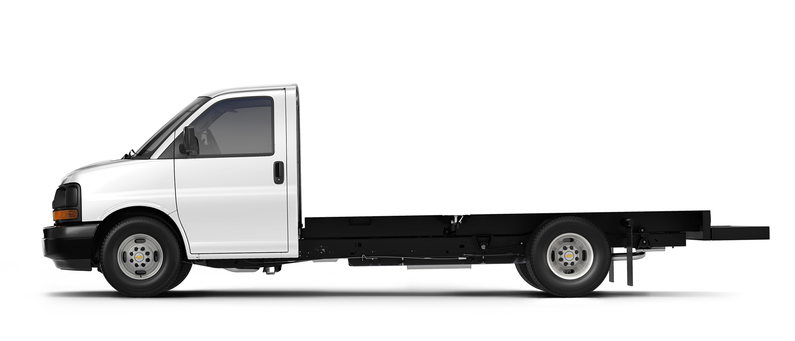 2015 Chevrolet Express Cutaway clear side view