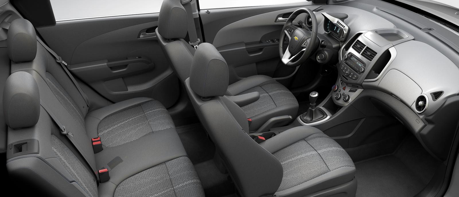 2015 Chevrolet Sonic interior