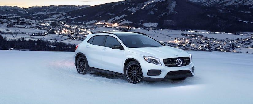 2020 Mercedes-Benz GLA in snow