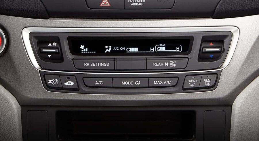 2017 Honda Pilot climate control feature
