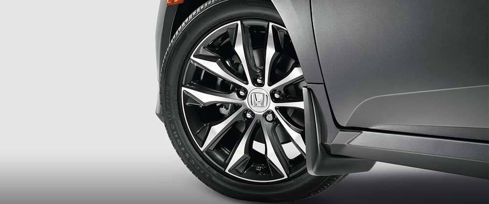2017 Honda Civic Tire