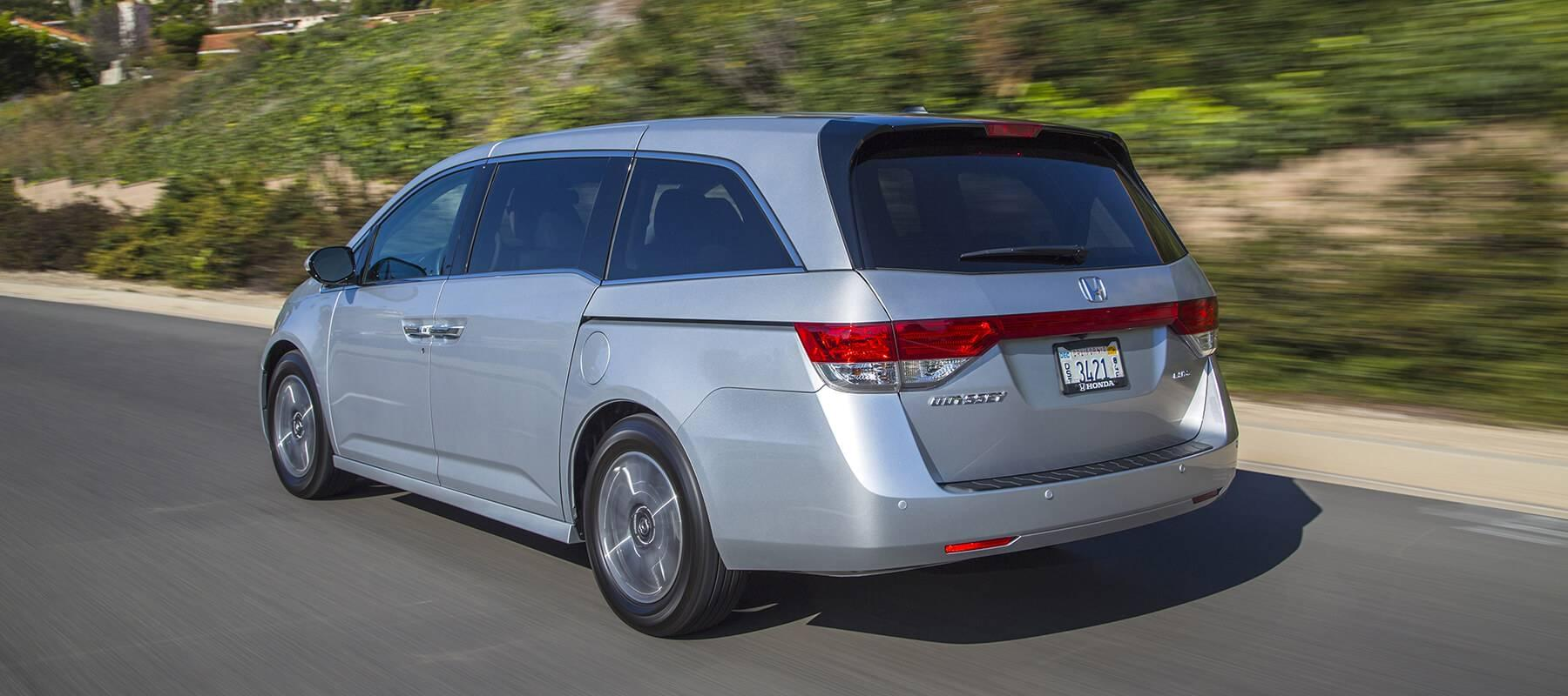 2017 Honda Odyssey Driving