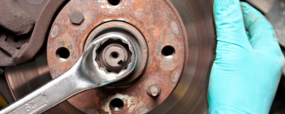 Grinding Noise When Braking >> Why Are My Brakes Making A Grinding Noise Car Sounds San Diego
