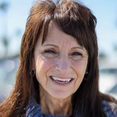Denise Fox