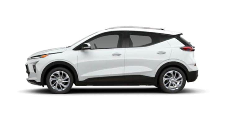 A 2022 Chevy Bolt EUV is angled left.