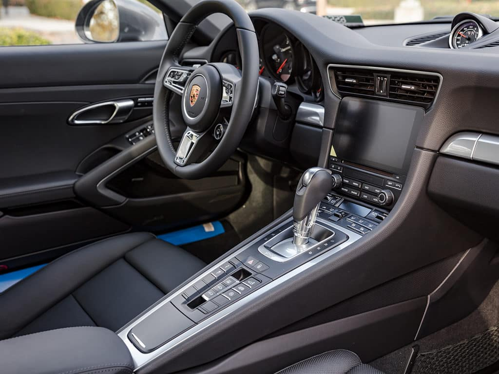 2018 Porsche 911 Carrera S Interior