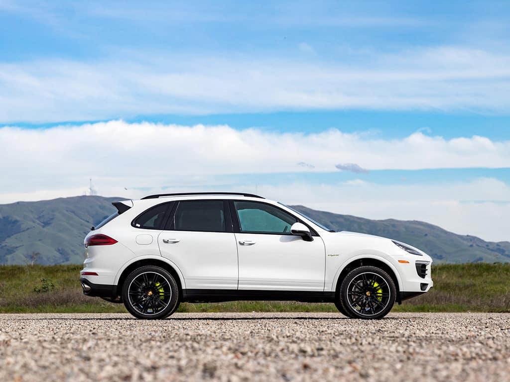 2018 Porsche Cayenne S Hybrid White
