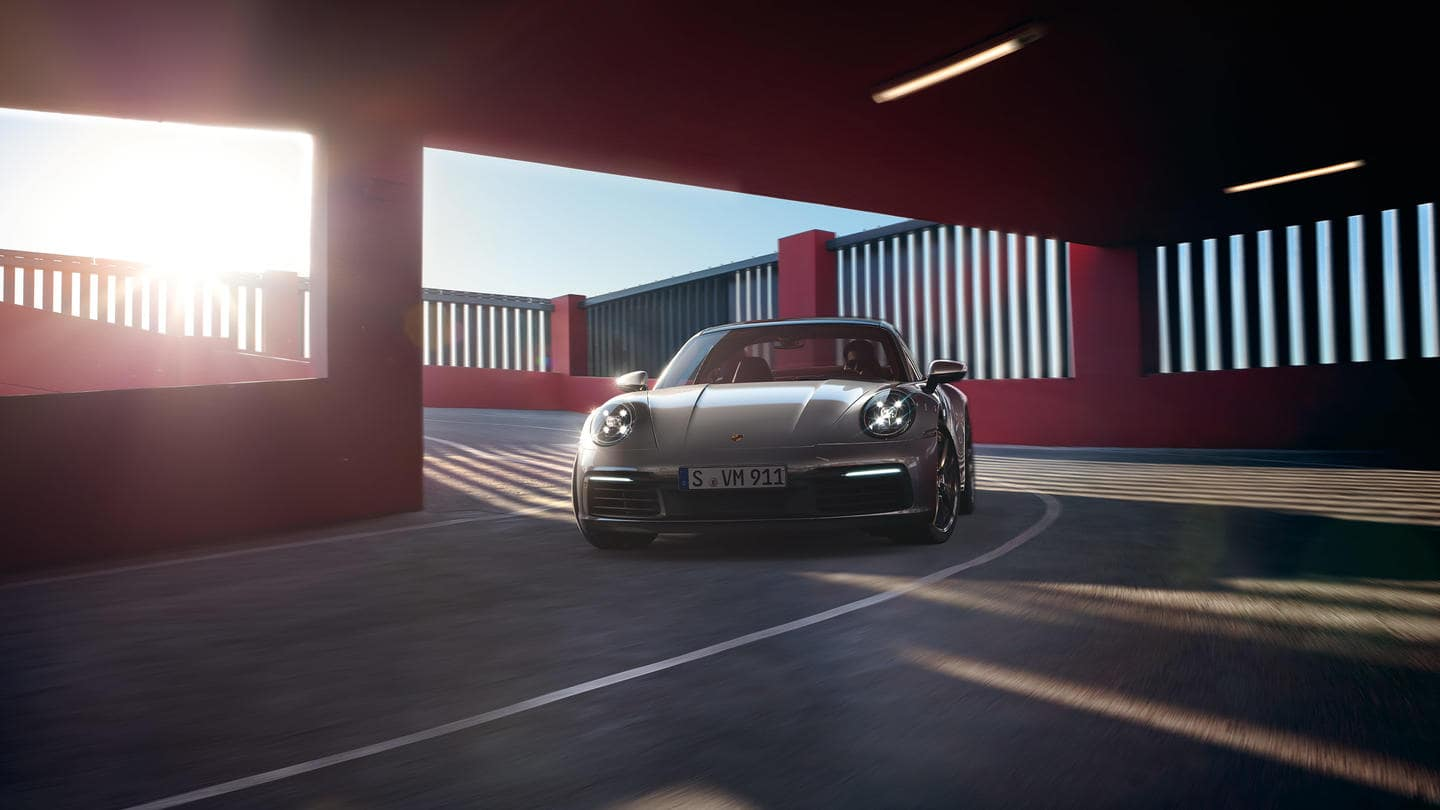 2019 Porsche Carrera 4S Driving