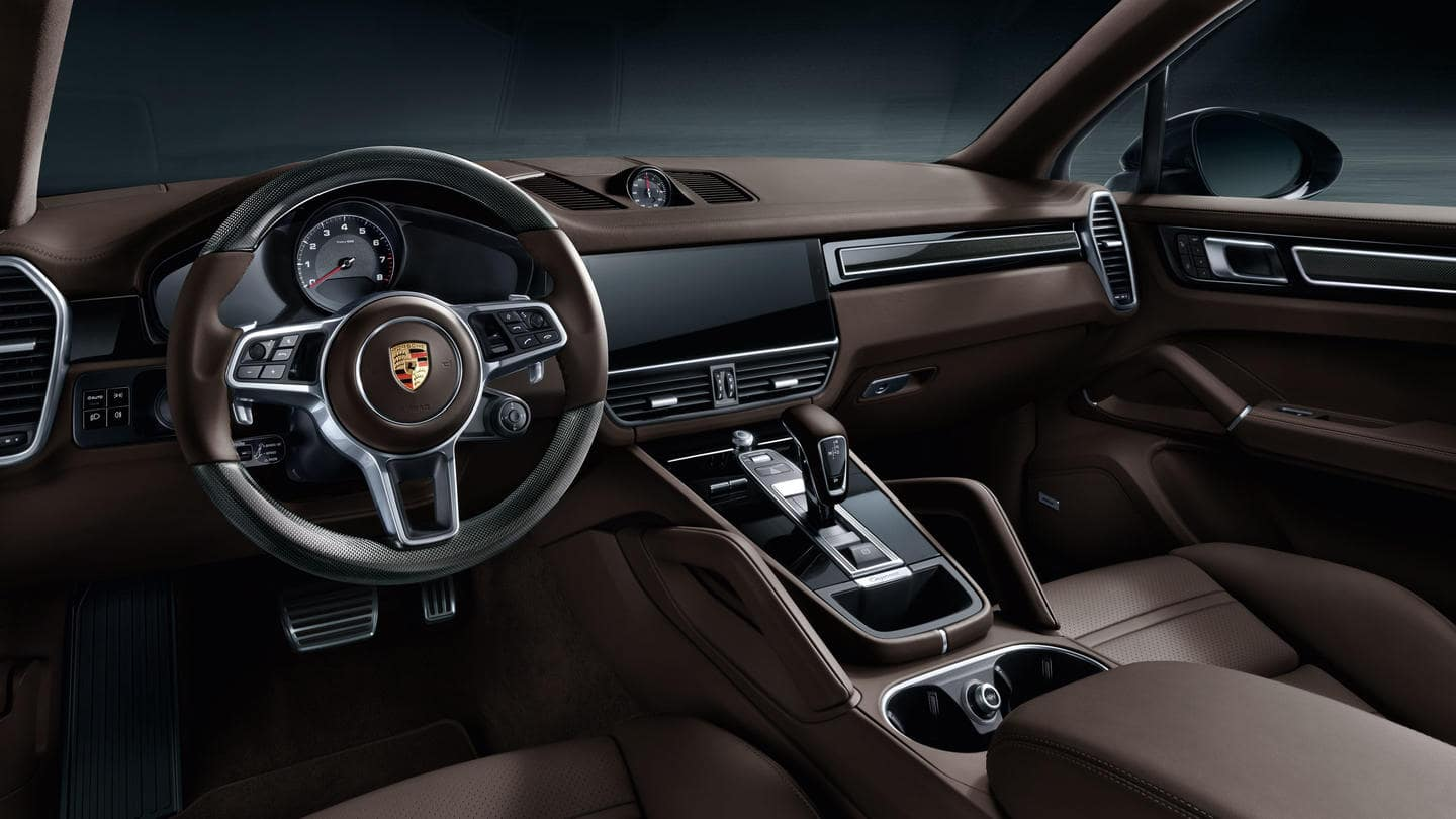 2019 Porsche Cayenne Turbo Interior