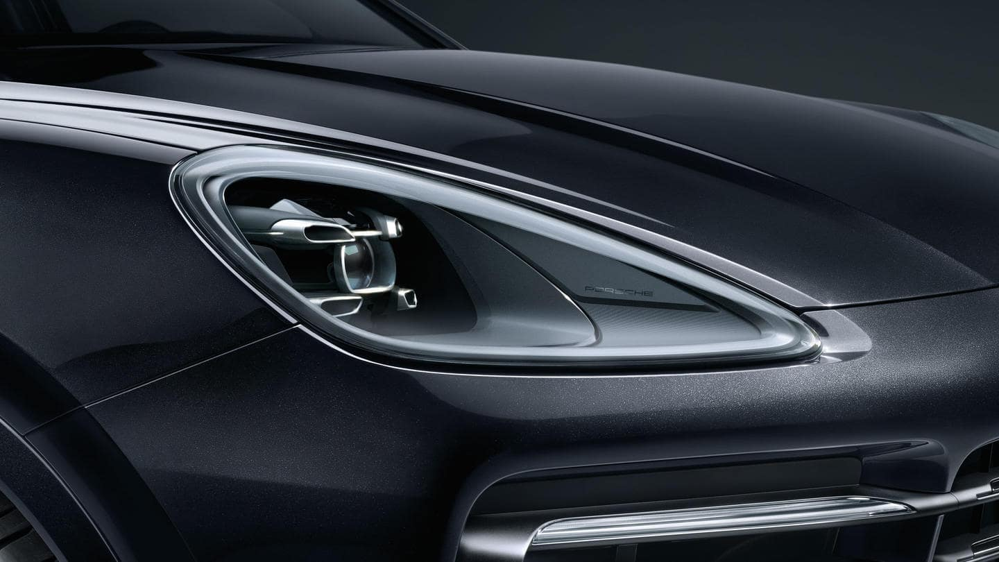 2019 Porsche Cayenne Turbo LED Headlights