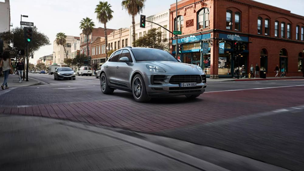 2019-Porsche-Macan-performance