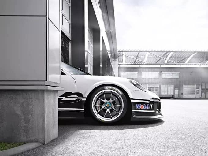 Porsche-Tires-