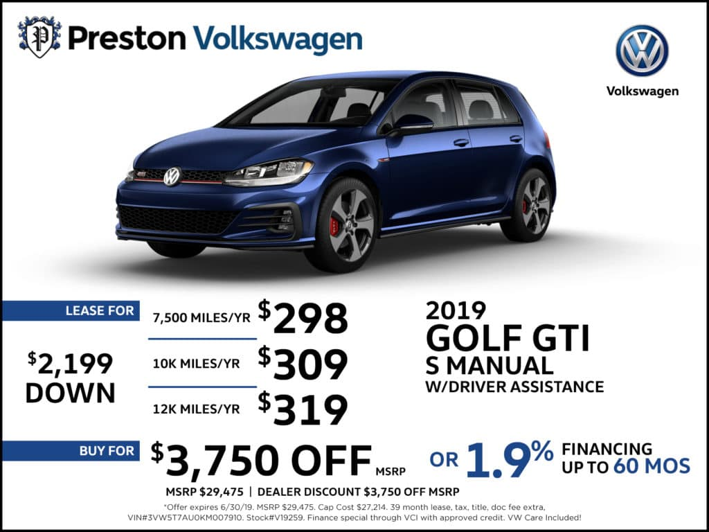 New 2019 Volkswagen Golf GTI SE